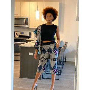 It's a Vibe Defrance Single Arm Capri Set