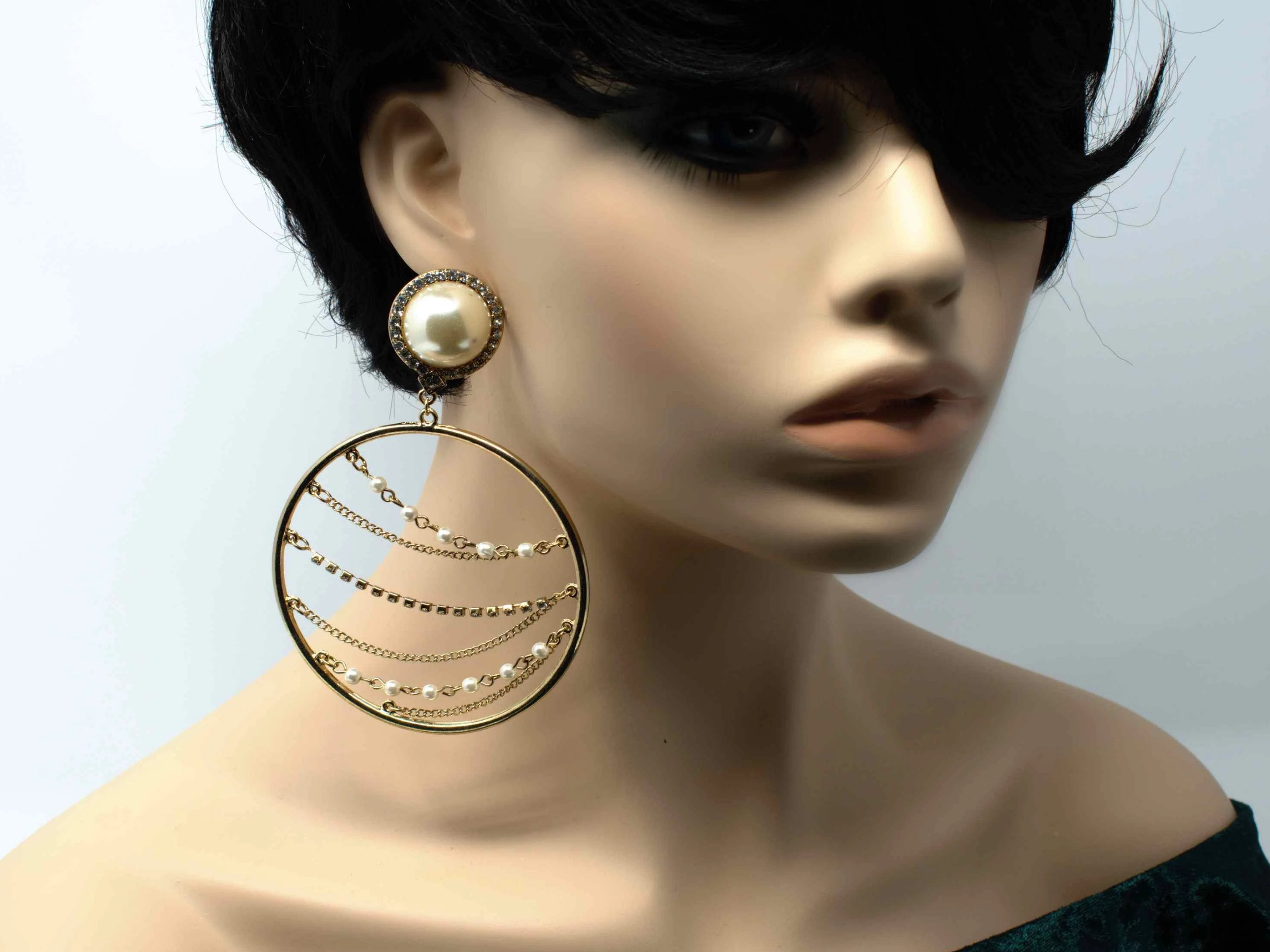 Francine Circle Gold Chandelier Earring