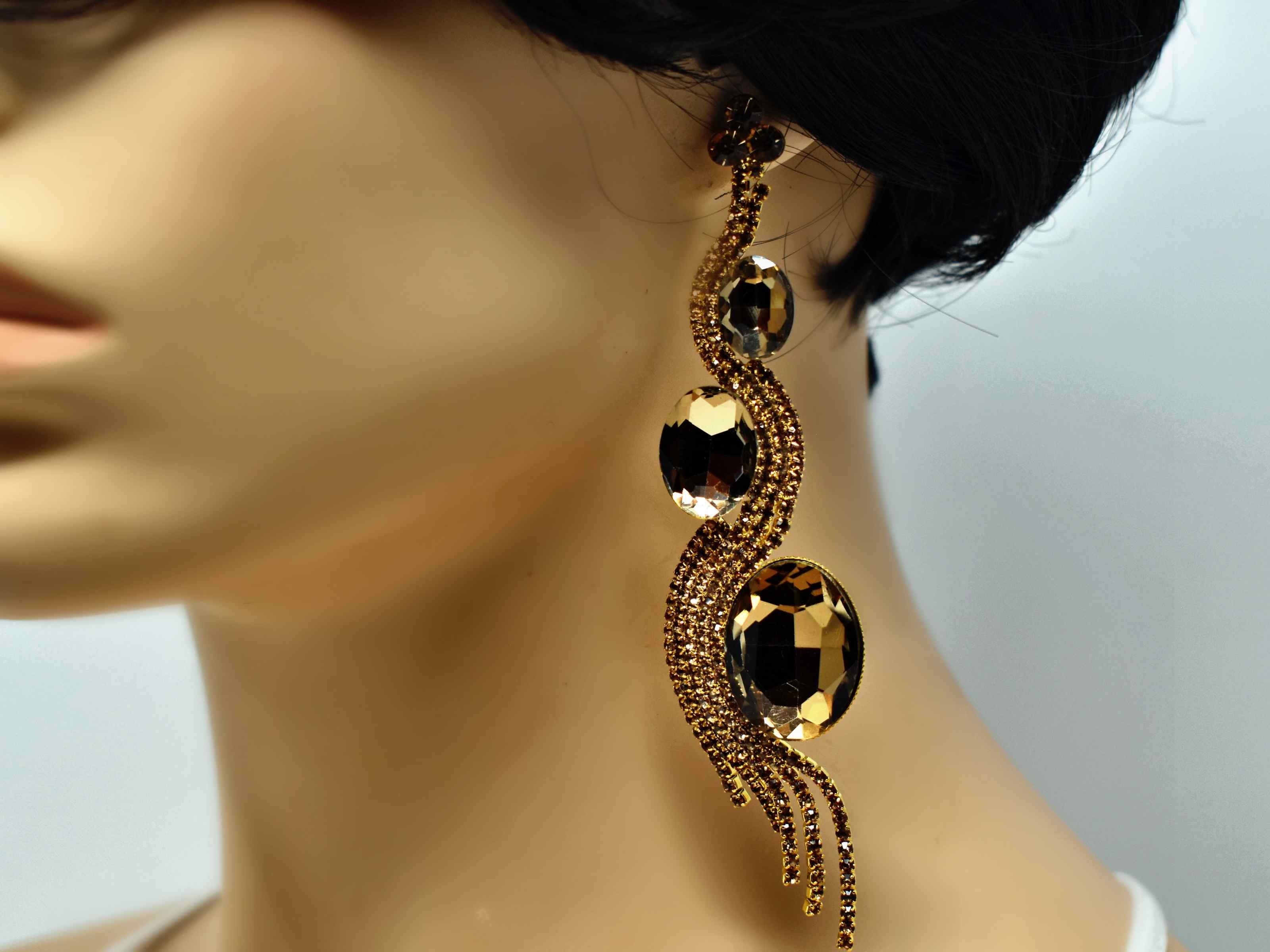 Ixora Gold Earrings