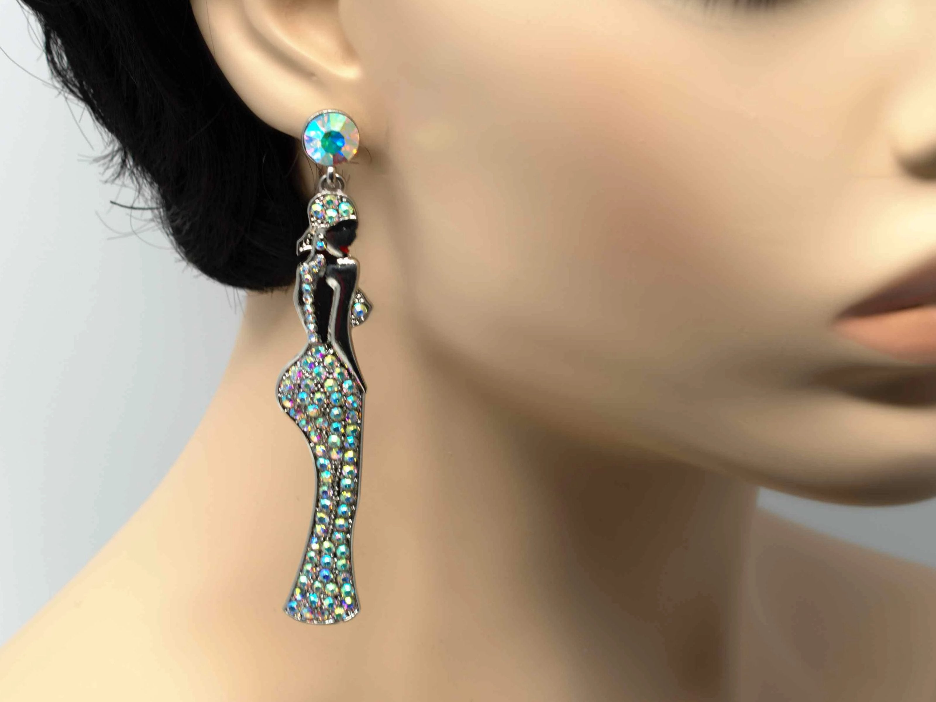 Keisha Lady Chandelier Drop Earring With Stone