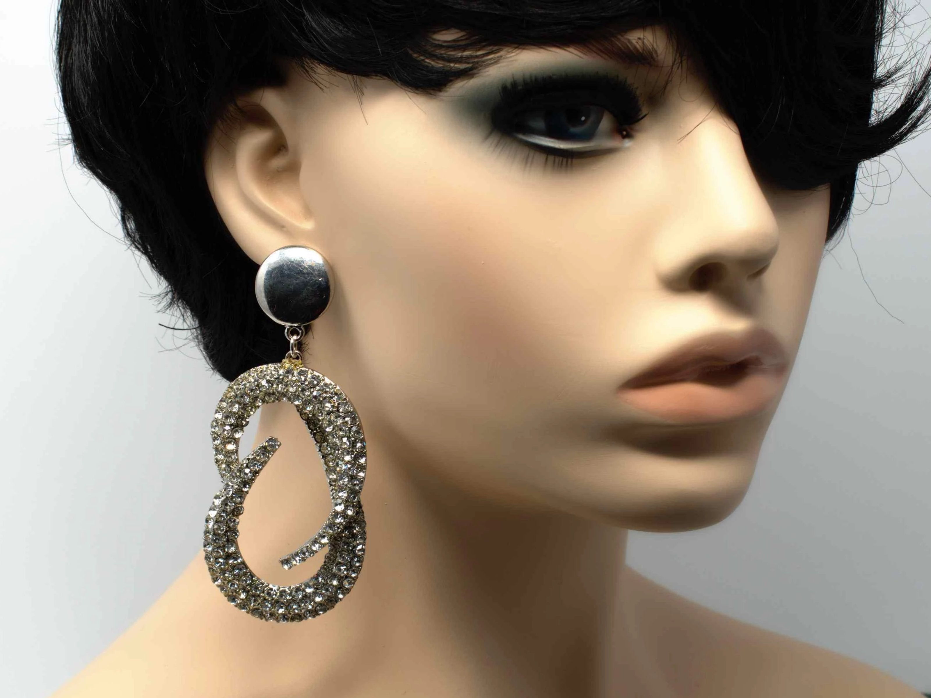 Reina Chandelier Drop Earrings Silver