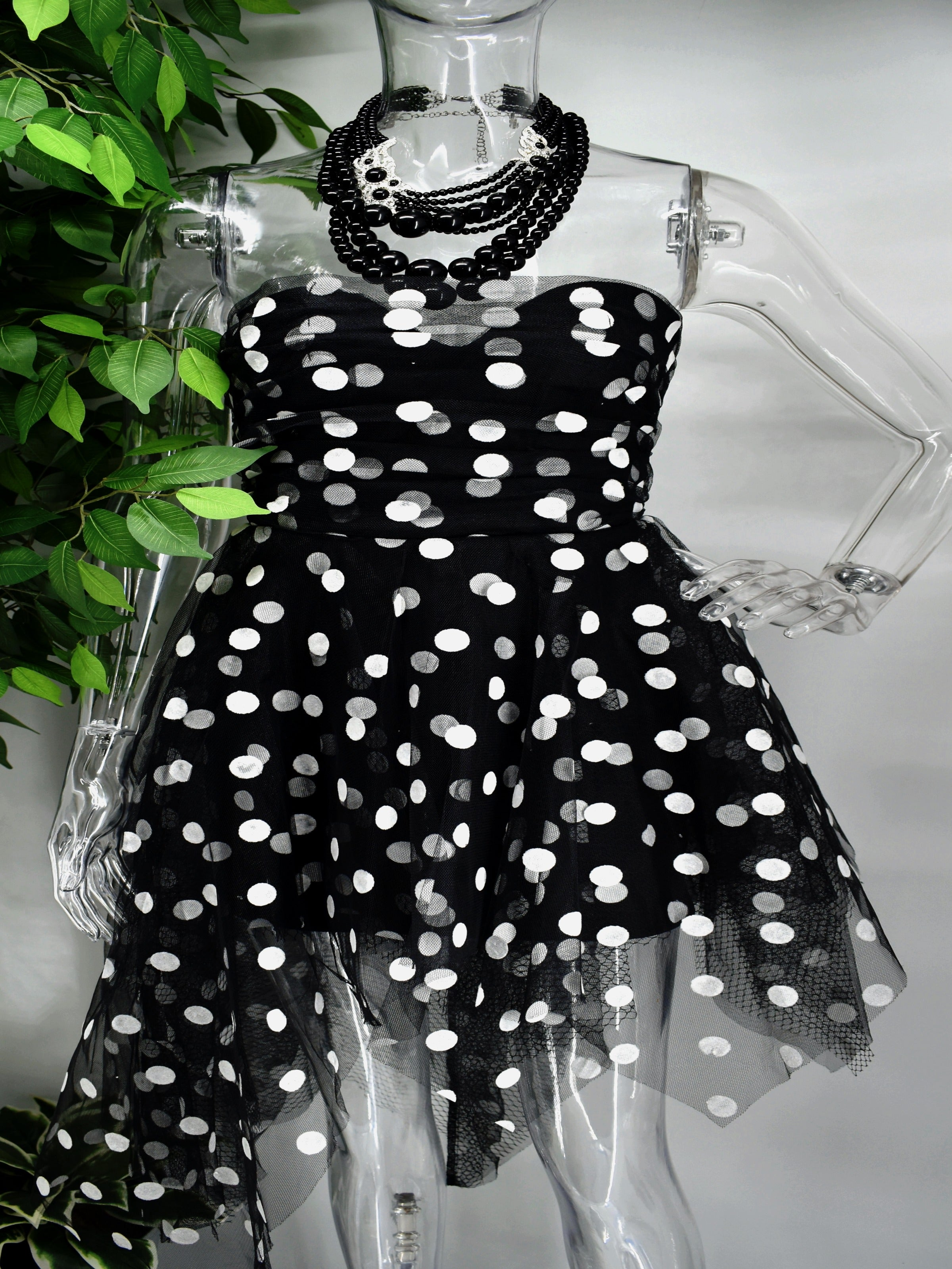 Be Bold and beautiful in our Blessings Polka dot dress.  Enjoy our blessings and its sweetheart neckline, fitted bodice and flirty flair skirt with an uneven hem.