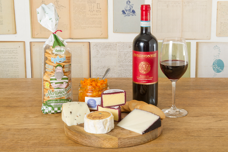 The Vineking – Cheese & Wine pack (Red)