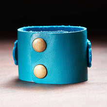 Hope Buckle Genuine Leather Wristband