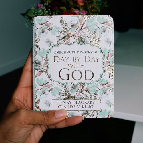 One Minute Devotions- Day by Day with God Book