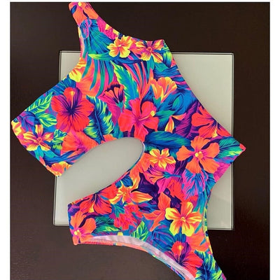 One Piece Bandeau Monokini Cross Beachwear