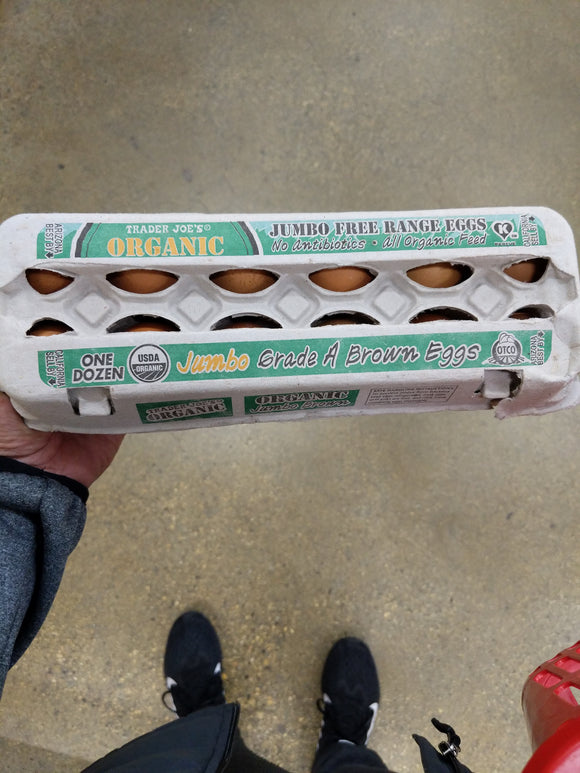 Trader Joe's Organic Jumbo Brown Grade A Eggs (One Dozen)