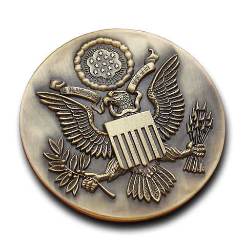 Image of Donald Trump Presidential Eagle Commemorative Medal - Coin