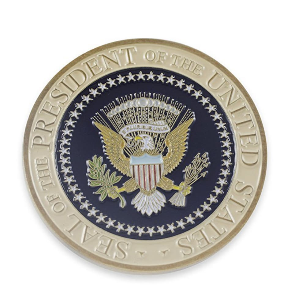 Donald Trump Presidential Seal Commemorative Challenge Coin (Gold Toned)