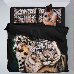 Striking Snow Leopard Bedding Set