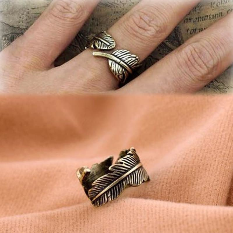 Vintage Leaf Feather Ring