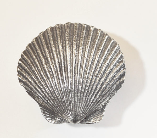 Scallop Knob #2207-PP Polished Pewter
