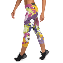 Load image into Gallery viewer, DNA Capri Leggings