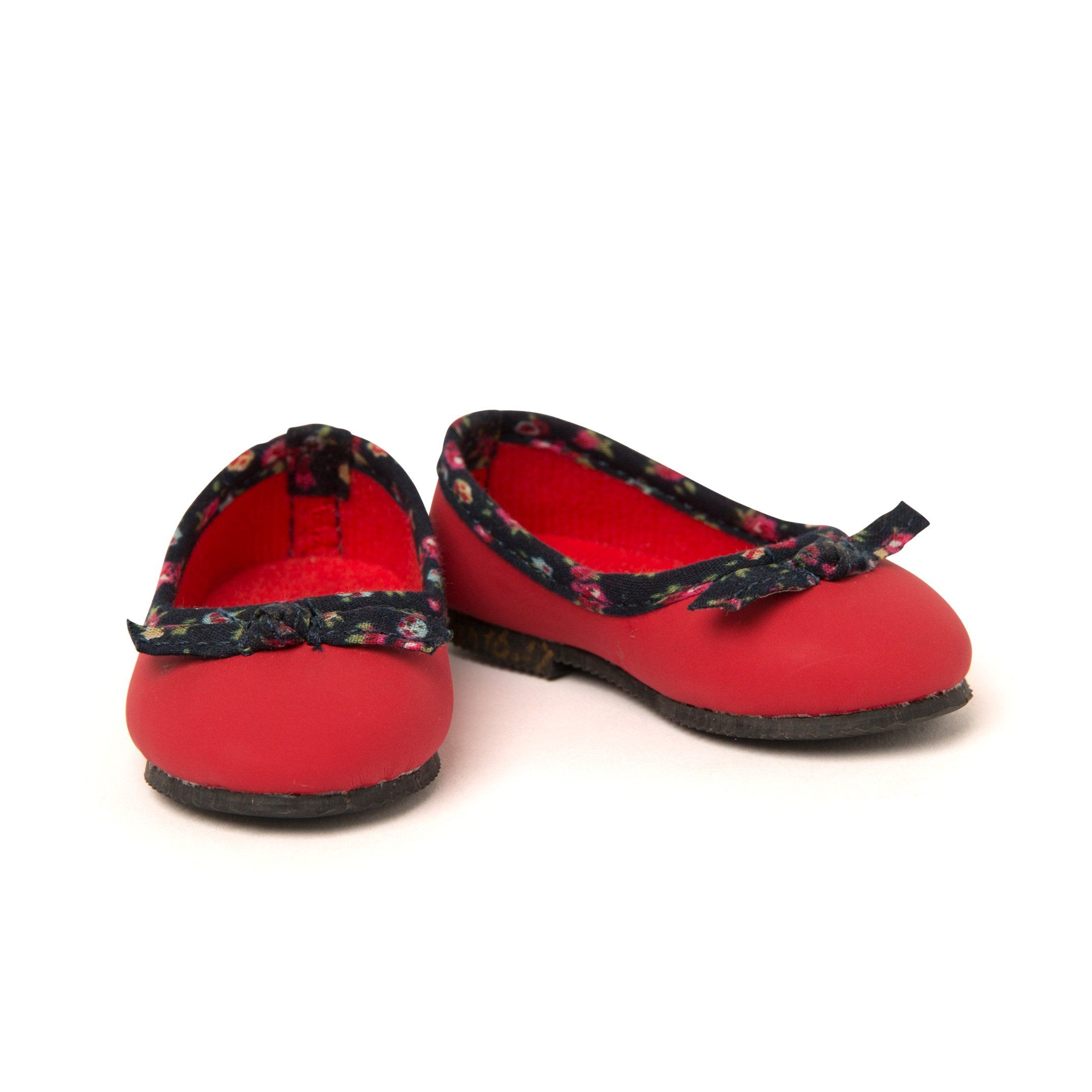 Red flats fits all 18 inch dolls. Maplelea has great footwear for dolls.