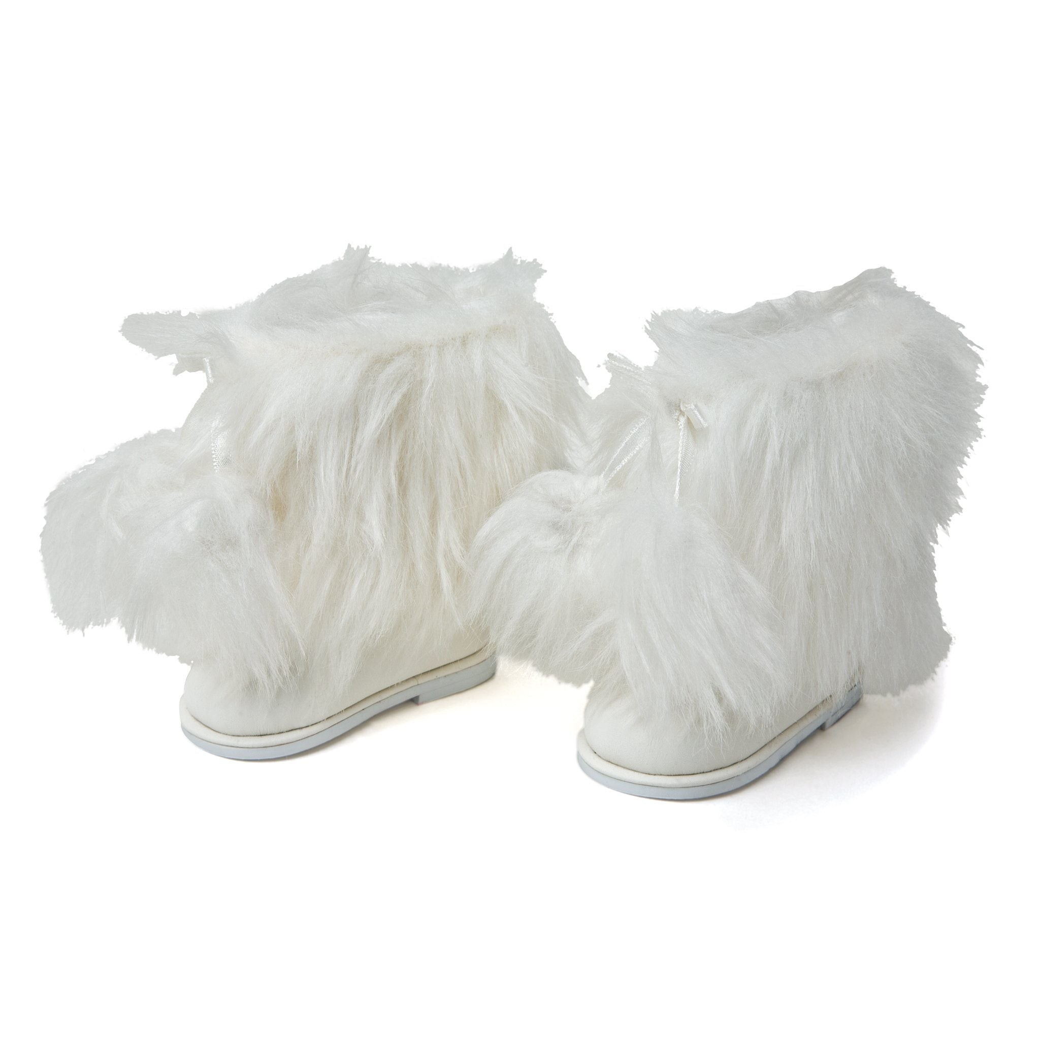 Maple Cabin Lodge fluffy white winter boots fit all 18 inch dolls.