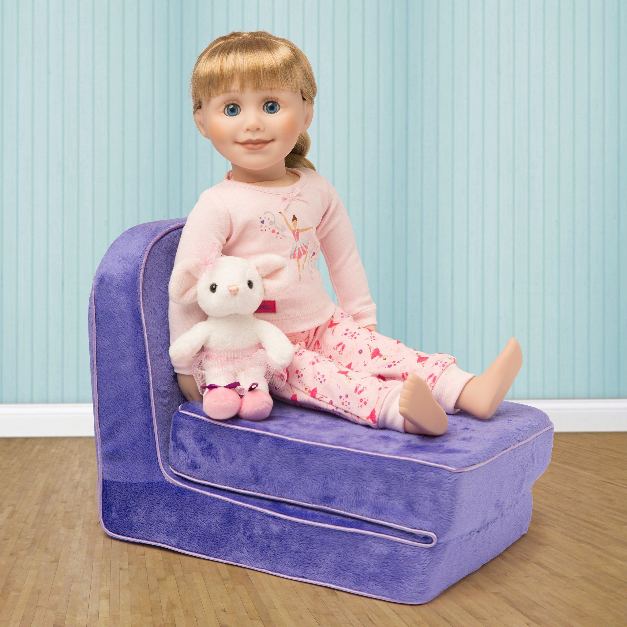 slumber lounge purple convertible fold-out lounge chair fits all 18 inch dolls.