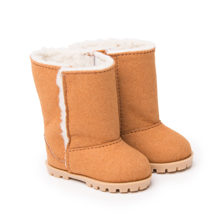 Snuggle boots beige suede-like boots with cozy lining fits all 18 inch dolls.