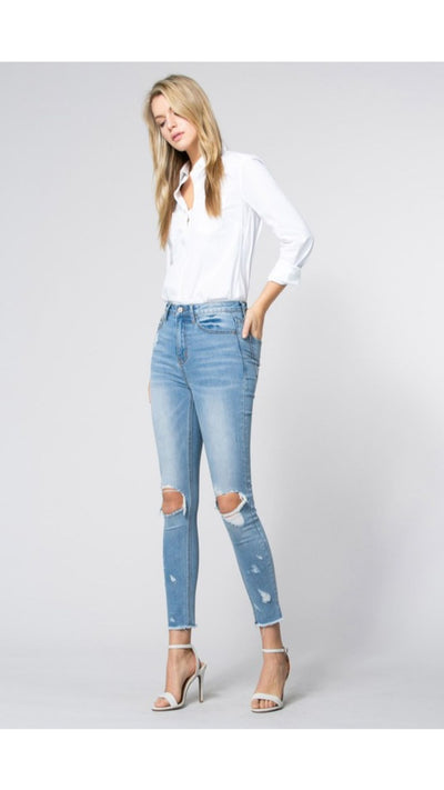 Everson Distressed Jean