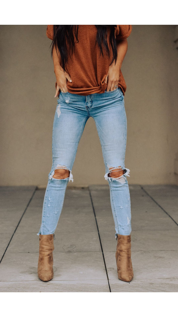 RESTOCK - Everson Distressed Jean