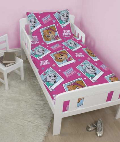 Paw Patrol Skye Toddler Bed/Cot Quilt Cover Set