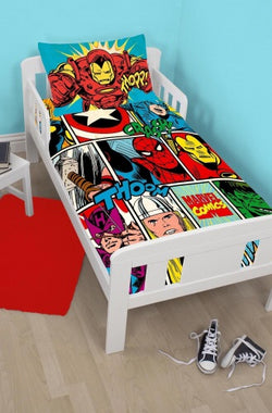 MARVEL AVENGERS - Toddler Bed/Cot Quilt Cover Set