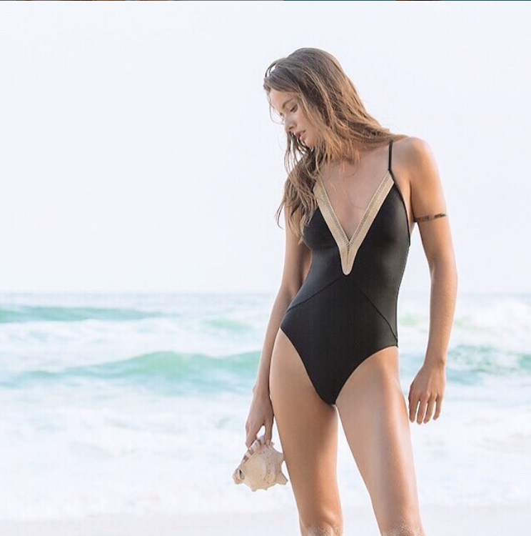 One Piece Swimsuits for Different Body Types
