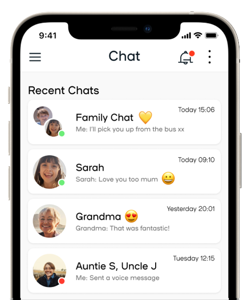 Spacetalk app chat screen showing chats with various family members and groups