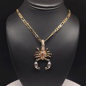 "Gold Plated Tri-Color Scorpion Pendant with 5mm 26"" Figaro Chain / Alacran De Tres Colores con Cadena de 26"" 5mm - Fran & Co. Jewelry"
