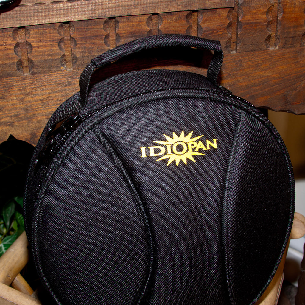 Idiopan 8-Inch Padded Gig Bag