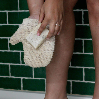 Plastic-Free Shower Mitt