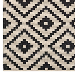 Perplex  Geometric Diamond Trellis 5x8 Indoor and Outdoor Area Rug (Black and Beige)