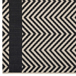 Optica Chevron With End Borders 5x8 Indoor and Outdoor Area Rug (Black and Beige)