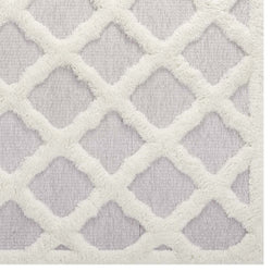 Whimsical Abstract Moroccan Trellis 5x8 Shag Area Rug (Ivory and Light Gray)