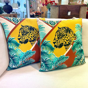 JUNGLE LEOPARD CUSHION