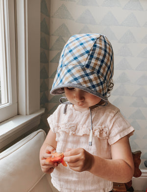 Reversible Oxford Bonnet