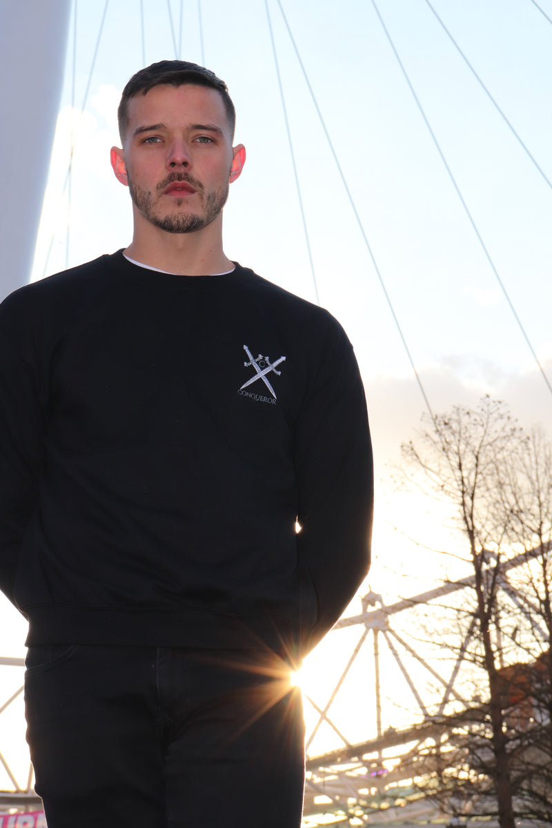Black Crew neck jumper small conqueror logo