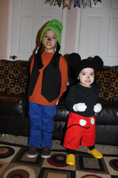 Siblings Costume Mickey Mouse and Goofy  sc 1 st  Chinguliu0027s Creations & DIY Halloween Costumes: Mickey and Goofy Free Crochet Hat Pattern ...