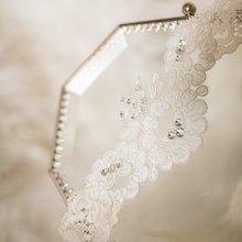 {JULIETTE} Ecru Alencon Lace Wedding Garter