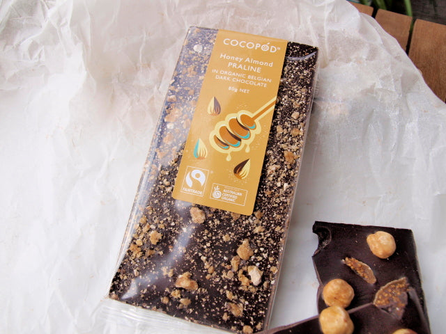 Cocopod Fairtrade dark chocolates with honey almond praline 80g