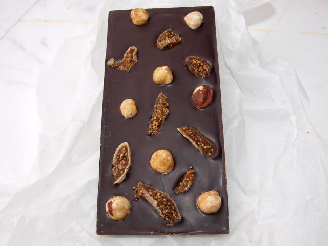 Lindsay &  Edmunds Fairtrade Dark chocolates with figs & hazelnuts 80g