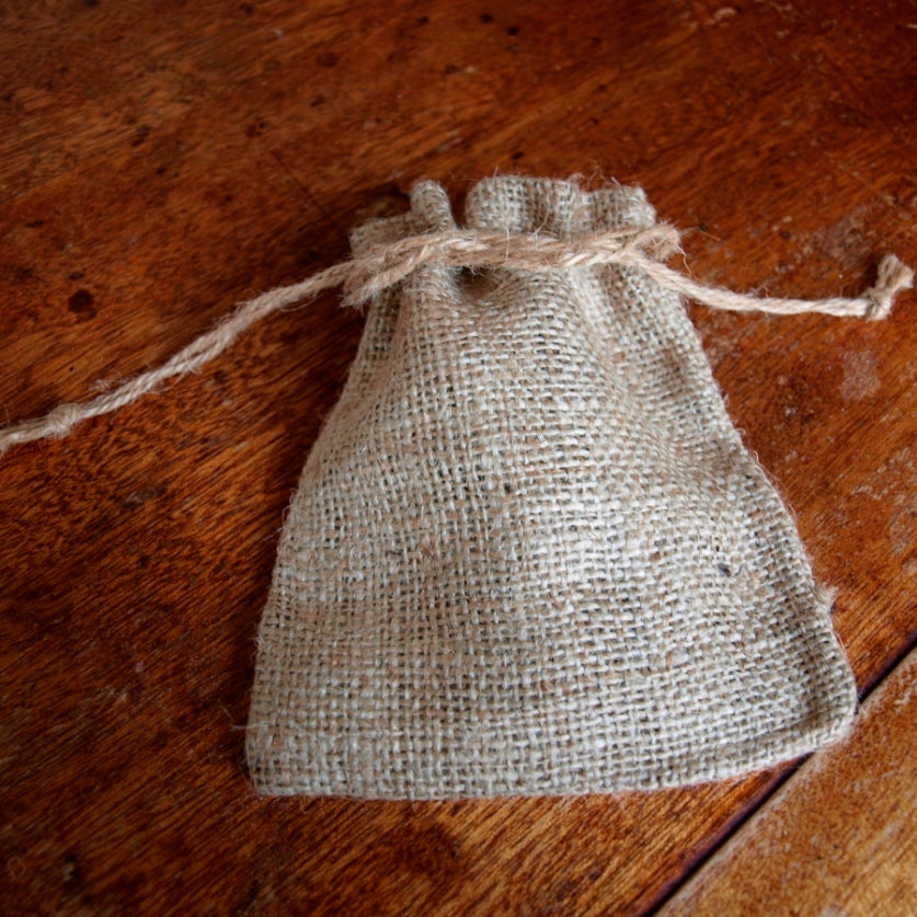 jute wedding favour pouch