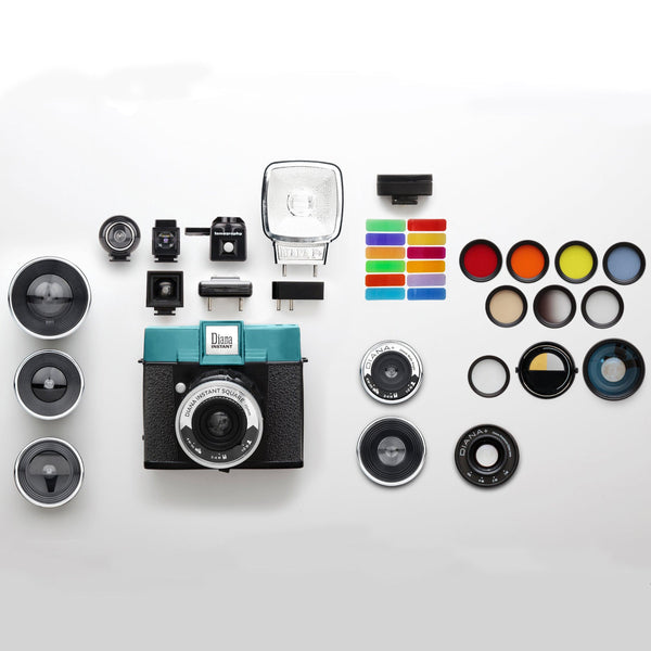 Lomography - The Diana Instant Square Camera Deluxe Kit