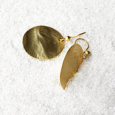 super light gold disc drop earrings