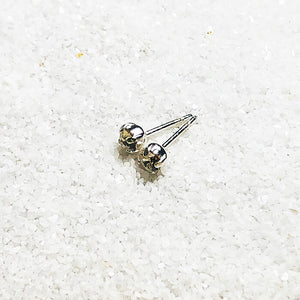 Lola small crystal stud earrings