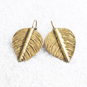 leaf shaped antique gold elegant drop earrings