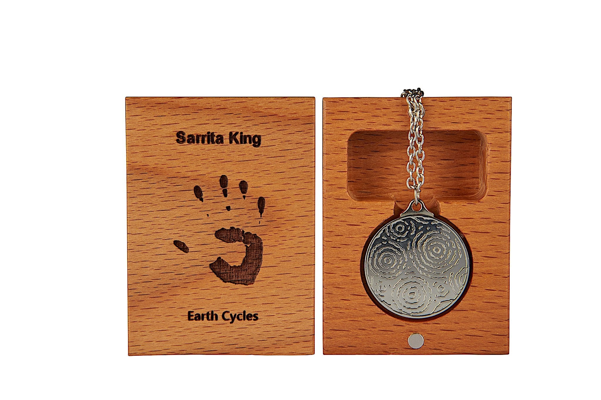 SK Pendant | Earth Cycles | 25mm