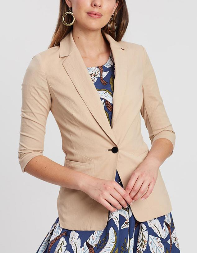 Long Sleeve Tailored Cut Blazer
