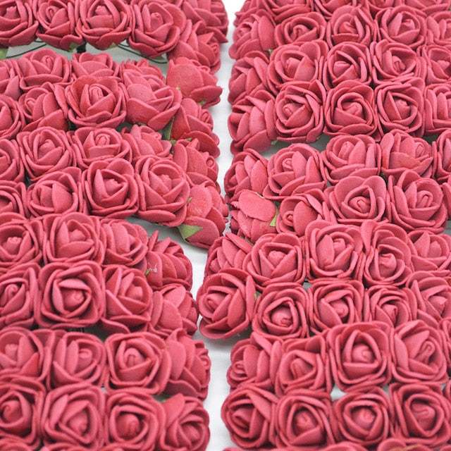 Nice artificial roses i red color