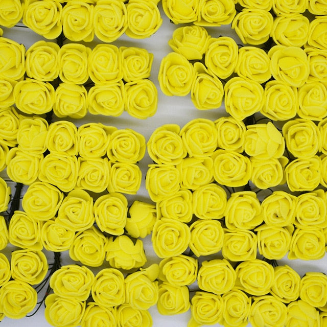Artificial roses in yellow color