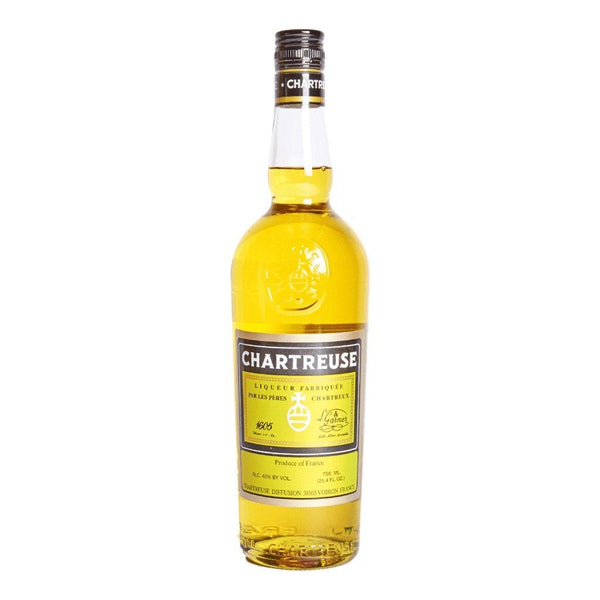 Chartreuse Yellow 700ml - Boozy.ph